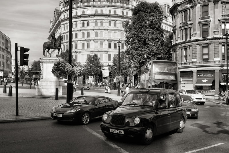Download London Taxi Editorial Image - Image: 27824290