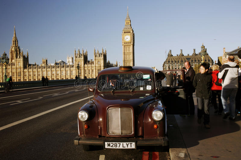 Download London Taxi On Westminster Bridge Editorial Image - Image: 27690150