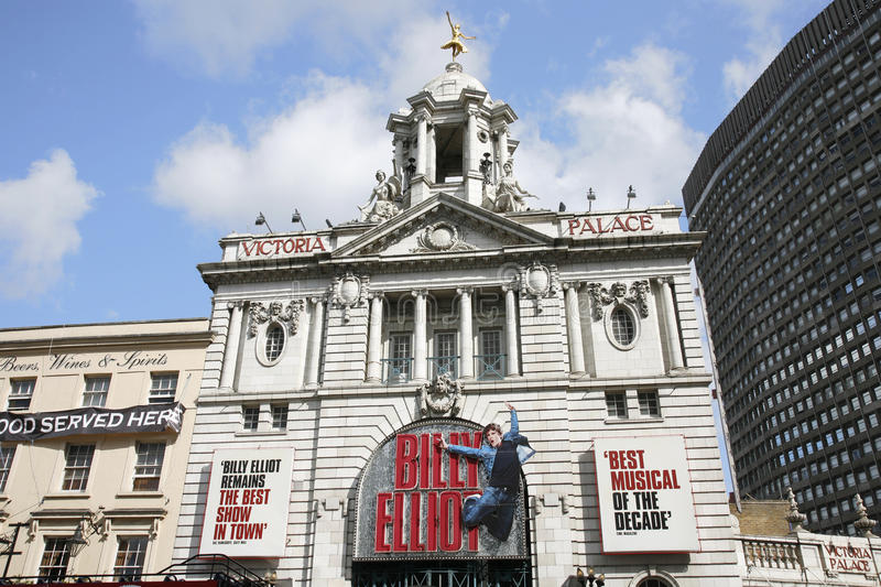London teater, Victoria Palace Theatre royaltyfri bild