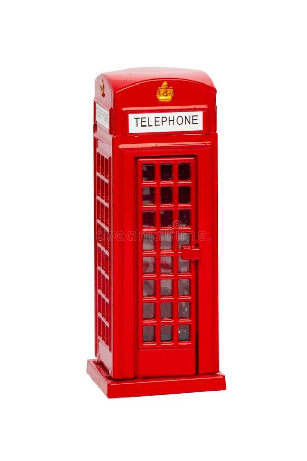 London telefonbås Den klassiska brittiska röda telefonasken isolerade nolla arkivbild