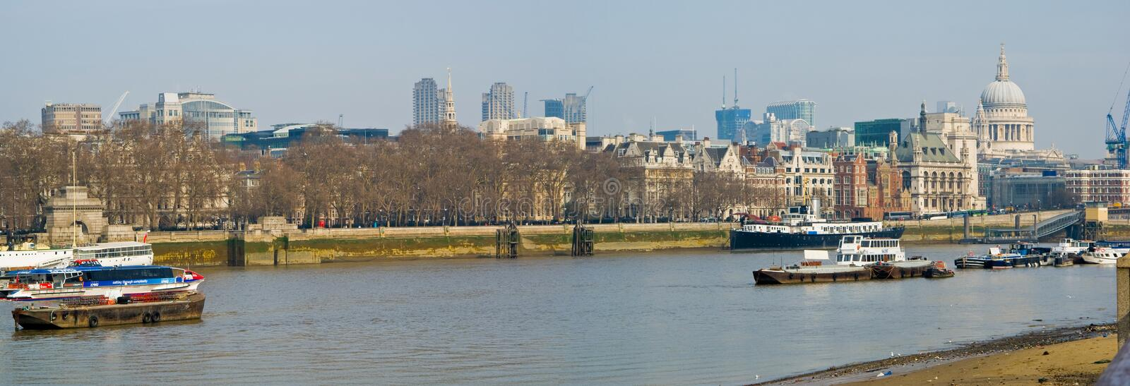 Download London Thames editorial image. Image of english, city - 24330810