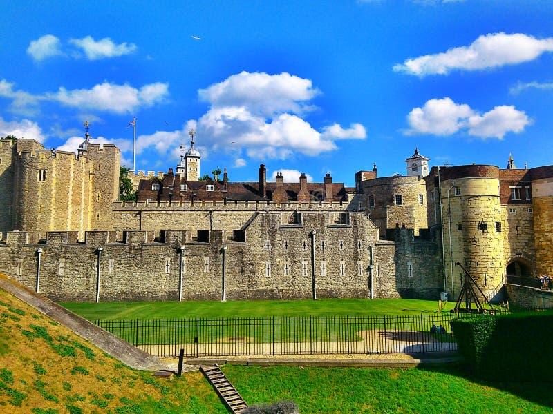 london torn royaltyfria bilder