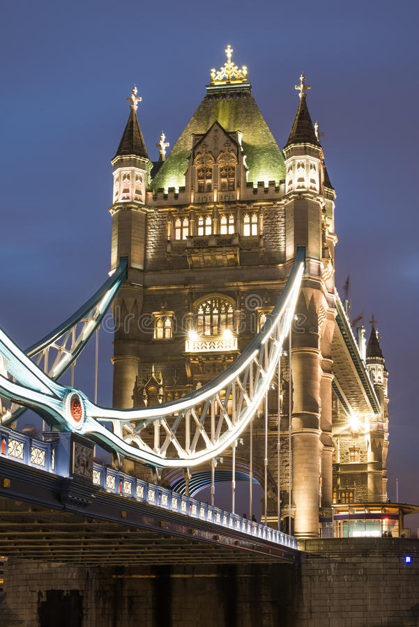 Download London Tower Bridge On Sunset Royalty Free Stock Images - Image: 35695519