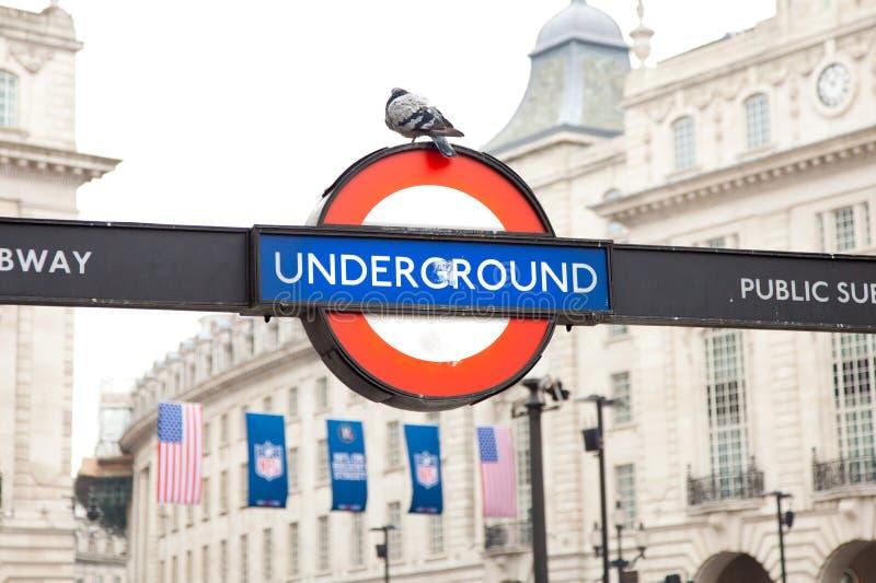 London tunnelbanasymbol arkivfoto