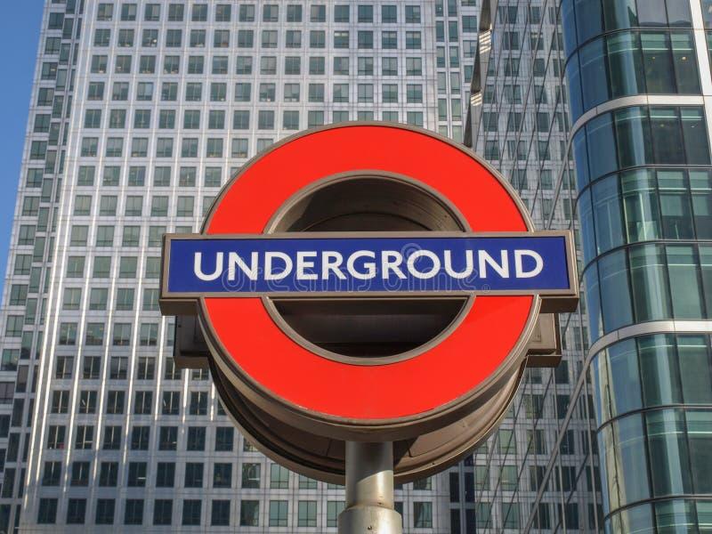London tunnelbanatecken royaltyfria bilder