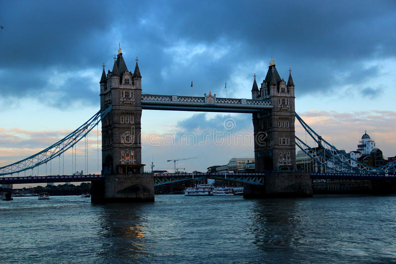 London-Turm Brücke stockfotos