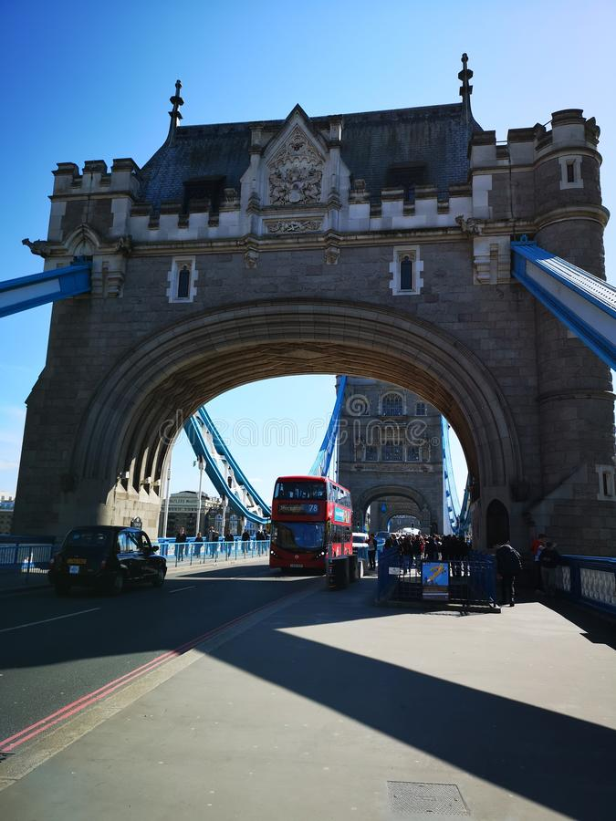 London-Turm-Brückentransport stockfoto