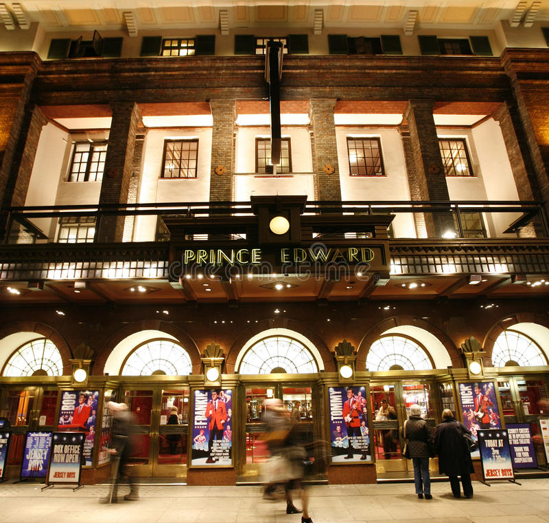 London Theatre, Prince Edward Theatre royaltyfri fotografi
