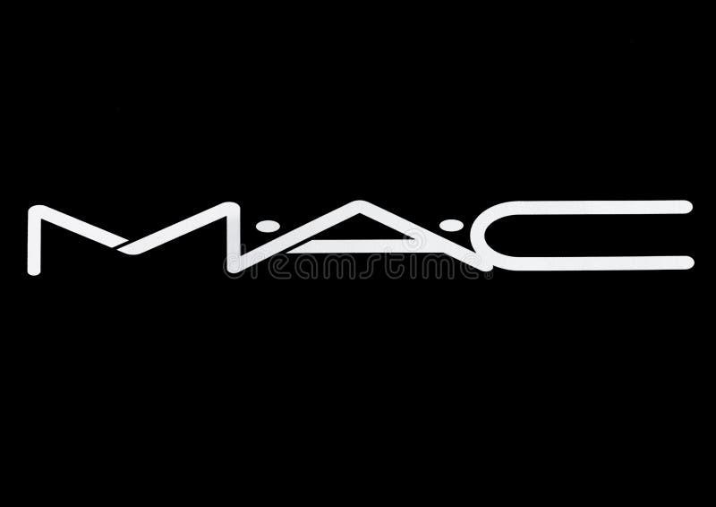 LONDON UK - MARS 15, 2017: Vit stilsort för MAC Cosmetics logo på svart MAC Cosmetics grundades i Toronto, Ontario, Kanada i 198 royaltyfri illustrationer