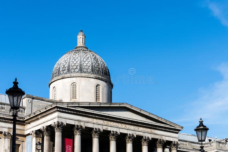 LONDON/UK - MARZEC 7: Widok national gallery w Londyn dalej obrazy stock