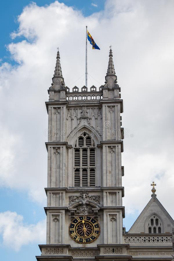 LONDON/UK - MARZEC 21: Zewnętrzny widok opactwo abbey w Lonie fotografia royalty free