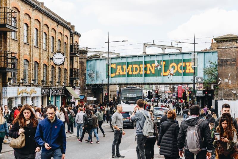 London UK - 2nd av April, 2017: Camden Lock Village berömd alt fotografering för bildbyråer