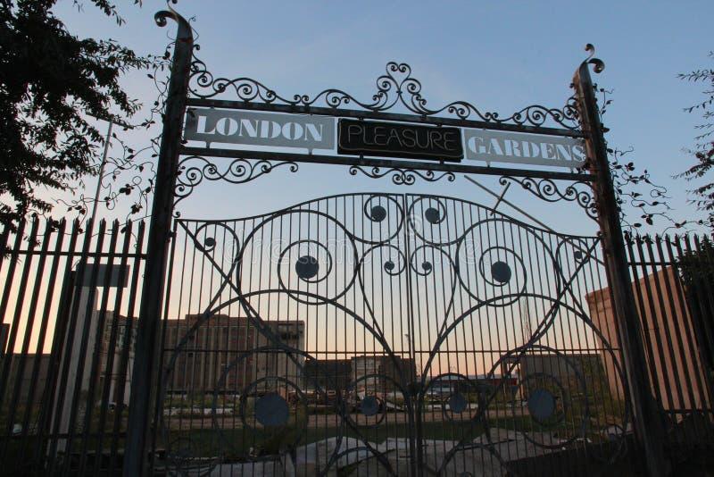 London-Vergnügens-Gärten stockbilder