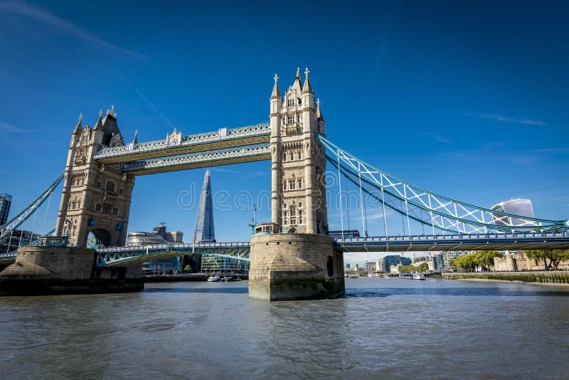 London von der Themse lizenzfreies stockbild