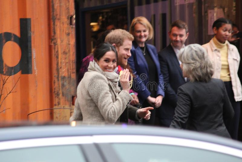 london wielkiej brytanii 9th Styczeń, 2018 Książe Harry i Meghan Markle wizyty Reprezent radio przy wystrzałem Brixton widzieć pr zdjęcia royalty free