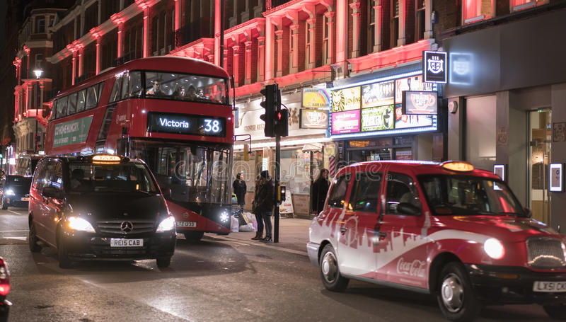 Londra Chinatown di notte Londra Regno Unito immagini stock