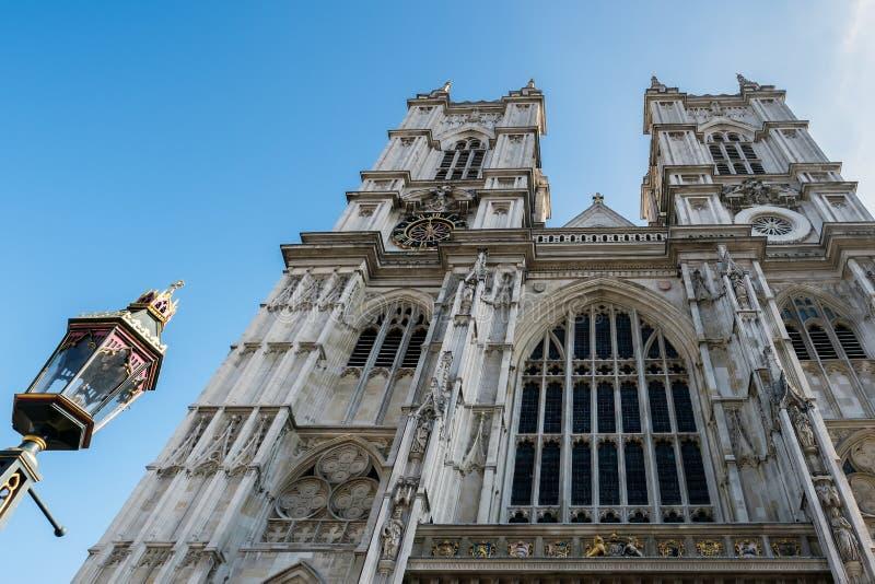 LONDRA - 13 MARZO: Esterno dell'abbazia di Westminster a Londra marzo immagine stock