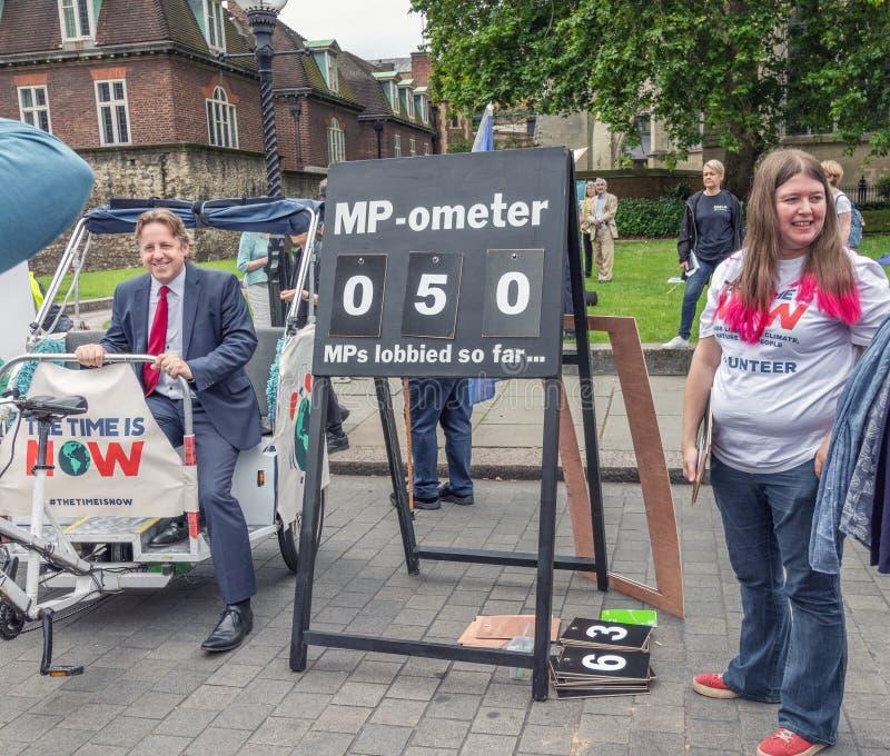 """Londra/Regno Unito - 26 giugno 2019 - Marcus Fysh, parlamentare, alla coalizione """"tempo di clima ora è """"evento per incitare i mp fotografia stock libera da diritti"""