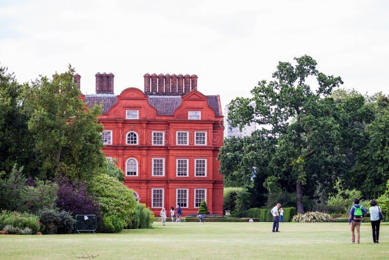 LONDRA, Regno Unito, vista dai giardini di Kew, giardini botanici reali immagine stock libera da diritti