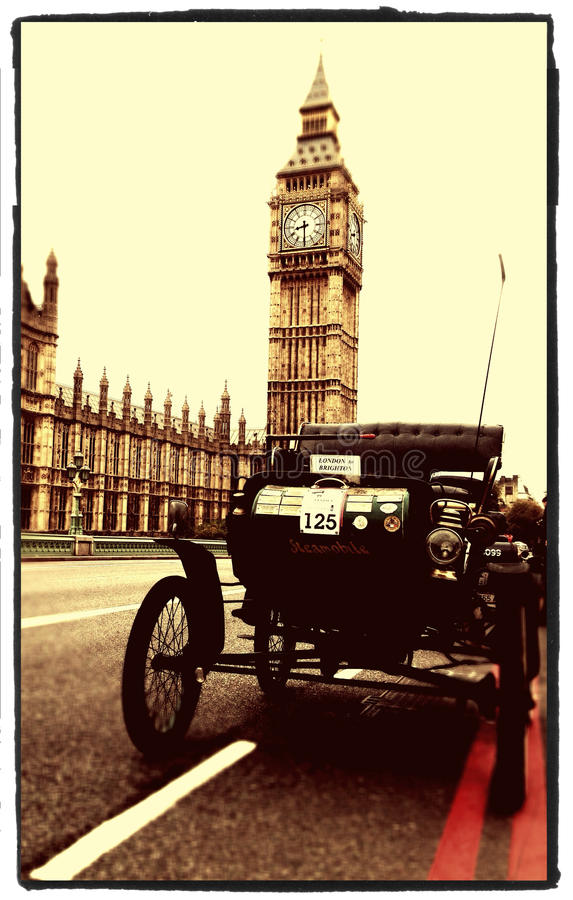 Londres ao funcionamento do carro do veterano de Brigghton fotos de stock