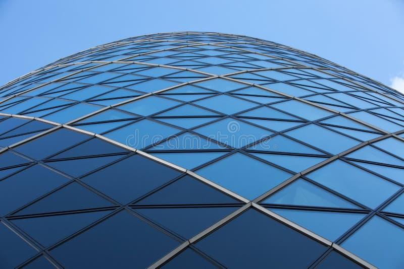 LONDRES, architecture anglaise moderne, texture en verre de construction de cornichon Ville de Londres photographie stock libre de droits