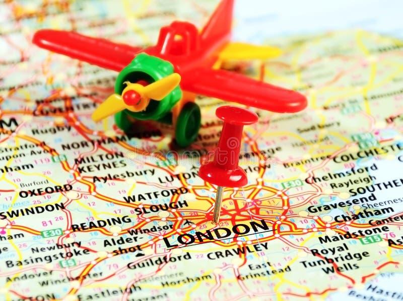 Londres, avião BRITÂNICO do pino do mapa imagem de stock royalty free
