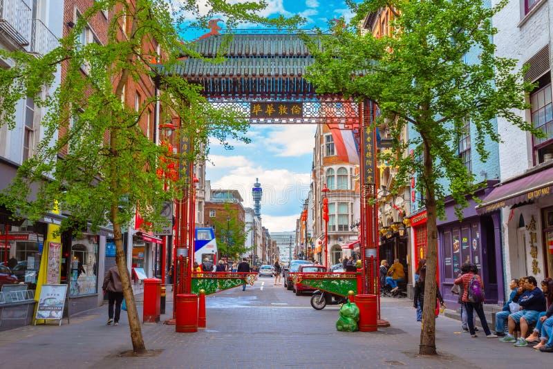Londres Chinatown en Gerrard Street en Londres, Reino Unido fotos de archivo libres de regalías
