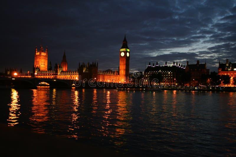 Londres dans le night2 images stock