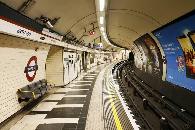 Download Vista Interna De Londres Subterrânea Foto de Stock Editorial - Imagem de subterrâneo, capital: 29837278