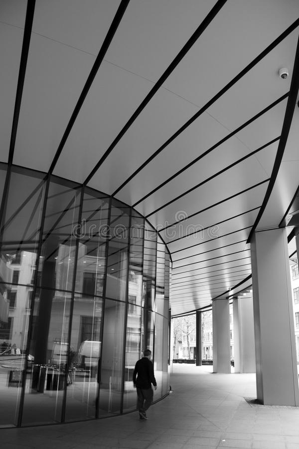 LONDRES - 21 DE SEPTIEMBRE: Entrada a Willis Building imágenes de archivo libres de regalías