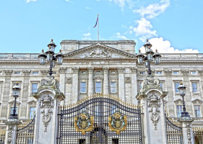 Londres, Gran Bretaña - 23 de mayo de 2016: Buckingham Palace imagenes de archivo