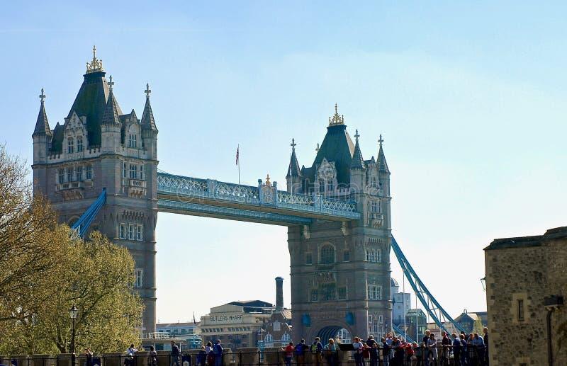 Londres hermoso visto durante un viaje de la ciudad a lo largo del río Támesis y de la arquitectura famosa fotografía de archivo