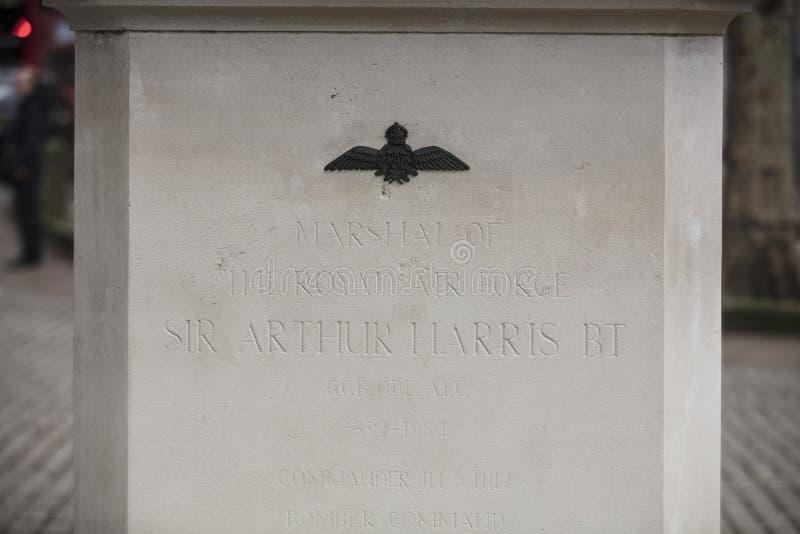 Londres, a mais grande Londres, o 7 de fevereiro de 2019, detalhe de estátua para comemorar Arthur harris do comando do bombardei fotos de stock royalty free
