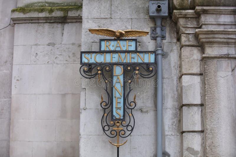 Londres, mayor Londres, el 7 de febrero de 2019, detalle de la entrada a RAF St Clement Danes foto de archivo libre de regalías