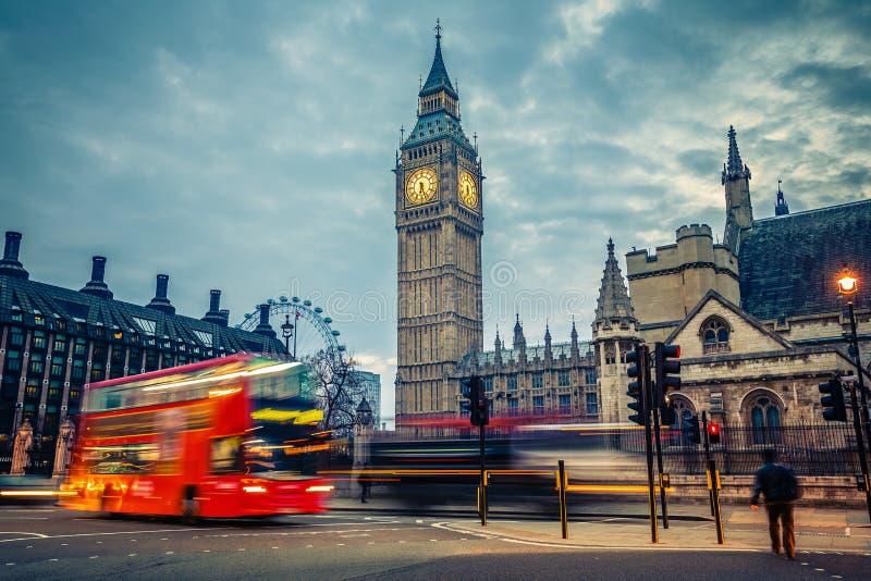 Londres no amanhecer imagens de stock royalty free