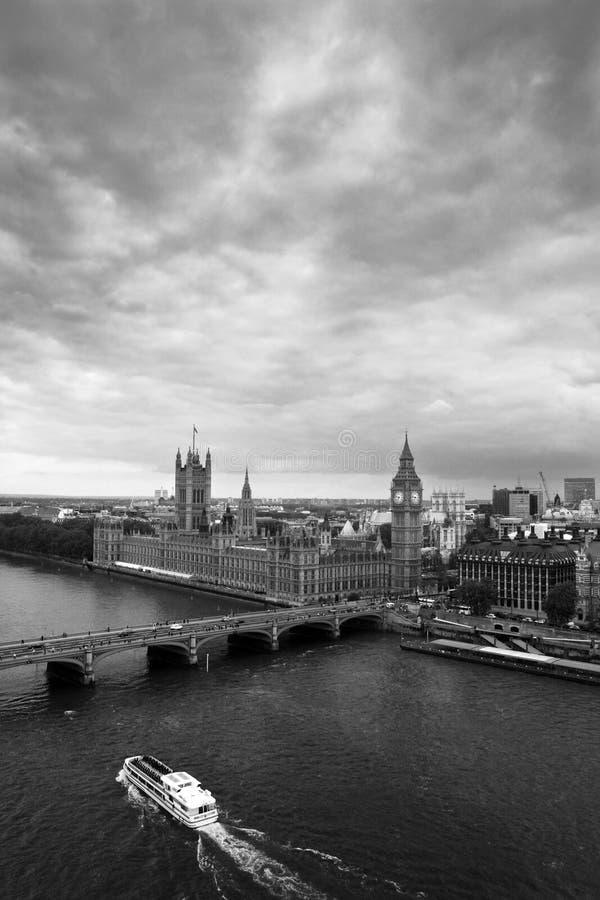 Londres noire et blanche images stock