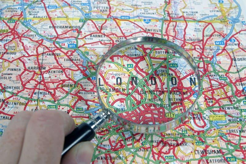 Londres que magnifica fotos de archivo libres de regalías