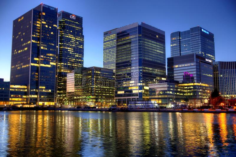 LONDRES, R-U - CANARY WHARF, HDR photographie stock
