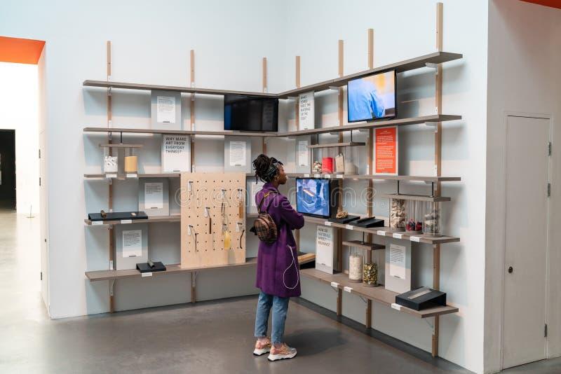 LONDRES, R-U - 1ER AVRIL 2019 : Tate Modern ? Londres Galerie, exposition image libre de droits