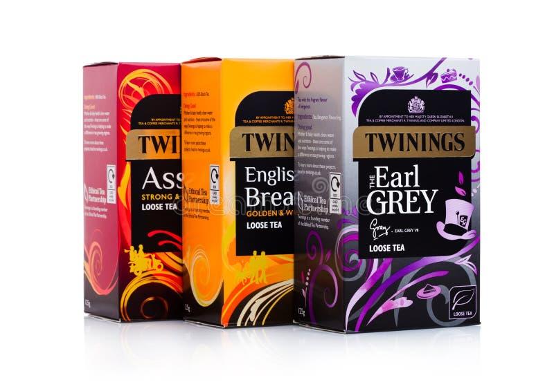 LONDRES, R-U - 2 JANVIER 2018 : Boîtes à thé de Twinings sur le blanc Twinings a été fondé en 1706 à Londres images libres de droits
