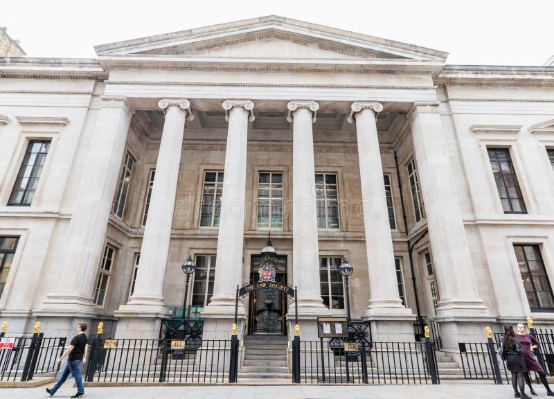 Londres/R-U, le 6 août 2019 - la société de loi est l'association professionnelle qui représente et régit des avocats-conseils photos libres de droits