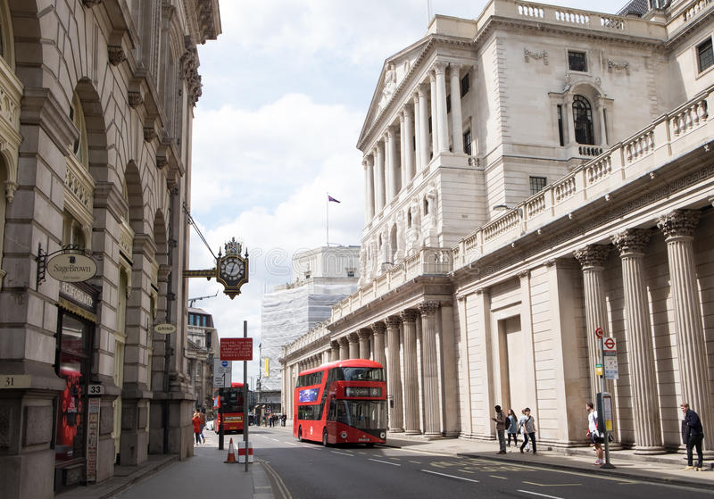 LONDRES, R-U - 21 mai 2017 : Banque d'Angleterre côté Angleterre images stock