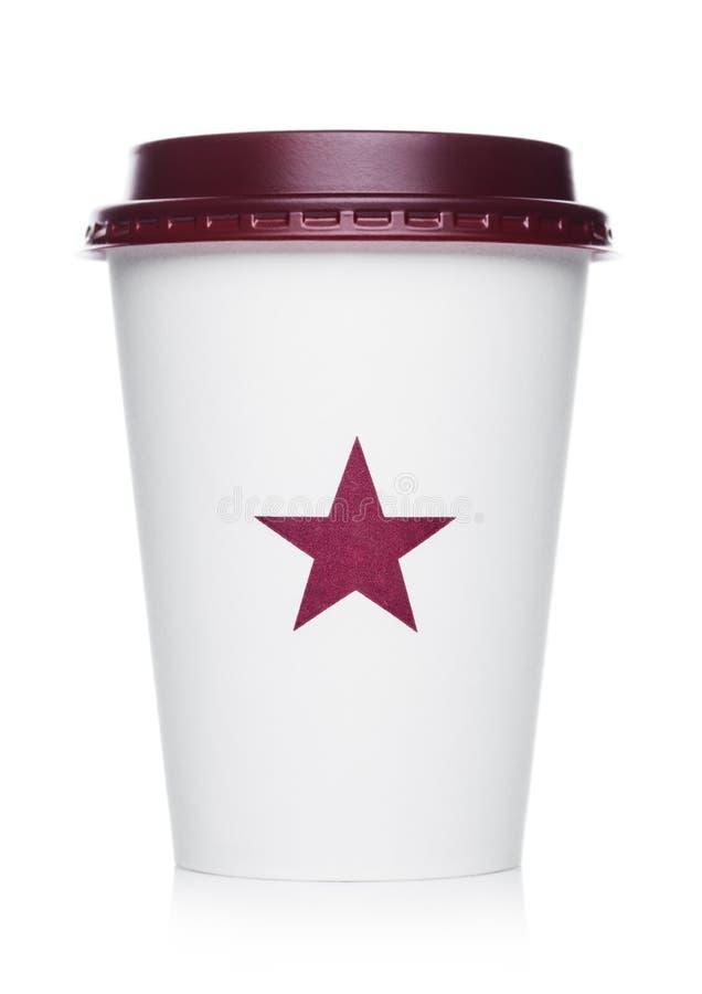 LONDRES, REINO UNIDO - 15 DE ABRIL DE 2019: Pret um copo de papel do café do comedoiro da corrente famosa da cafetaria com logoti imagens de stock royalty free