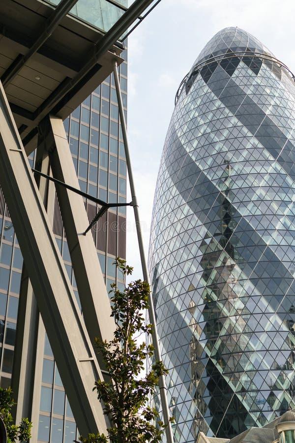 Londres, Reino Unido - 31 de agosto de 2016: Cidade da opinião de Londres Distrito internacional do negócio e da operação bancári fotos de stock