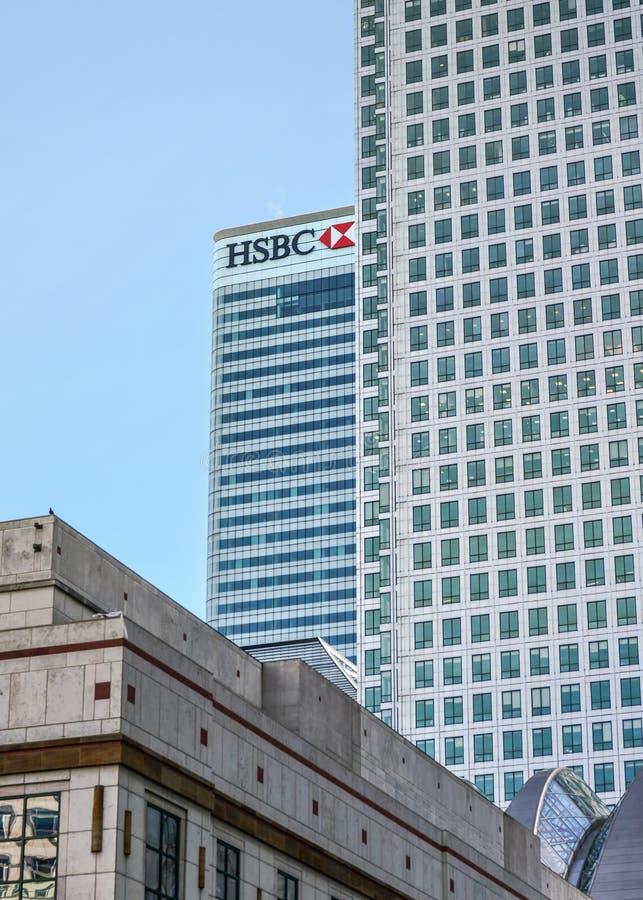 Londres, Reino Unido - 3 de fevereiro de 2019: Matrizes do mundo do plc das terras arrendadas de HSBC no quadrado de 8 Canadá, Ca fotografia de stock royalty free