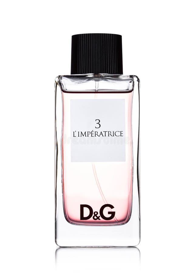 LONDRES, REINO UNIDO - 24 DE SEPTIEMBRE DE 2017: Botella de perfume de Dolce & Gabbana 3 l imperatrice del ` en blanco fotografía de archivo libre de regalías