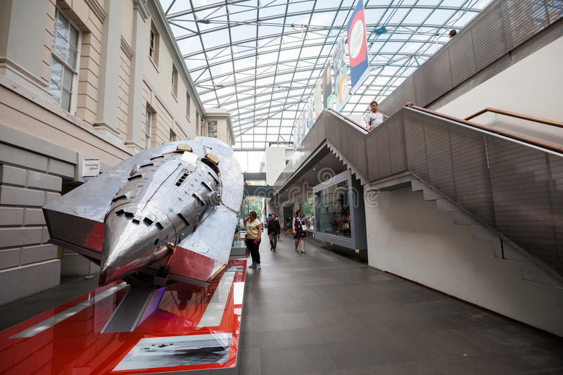 LONDRES, Reino Unido, museu marítimo nacional em Greenwich, detalhes interiores fotos de stock