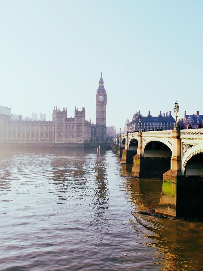 Londres sur Frosty Morning photo libre de droits