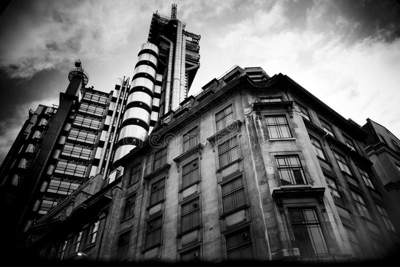 Londres vieille et nouvelle image stock