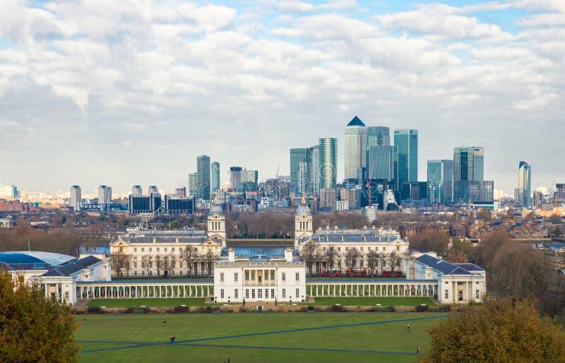 Londres, vue BRITANNIQUE de Canary Wharf du c?t? de Greenwich de la ville image stock